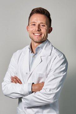 DR-N-MED-ADAM-BEDNARSKI-Specjalista-kardiologii-m