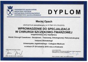 LEK-DENT-MACIEJ-OPACH-wprowadzenie-do-specjalizacji-w-chirurgii-szczekowo-twarzowej