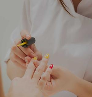 MANICURE-KRAKÓW-Kosmetologia-i-Medycyna-Estetyczna-SUPERMED